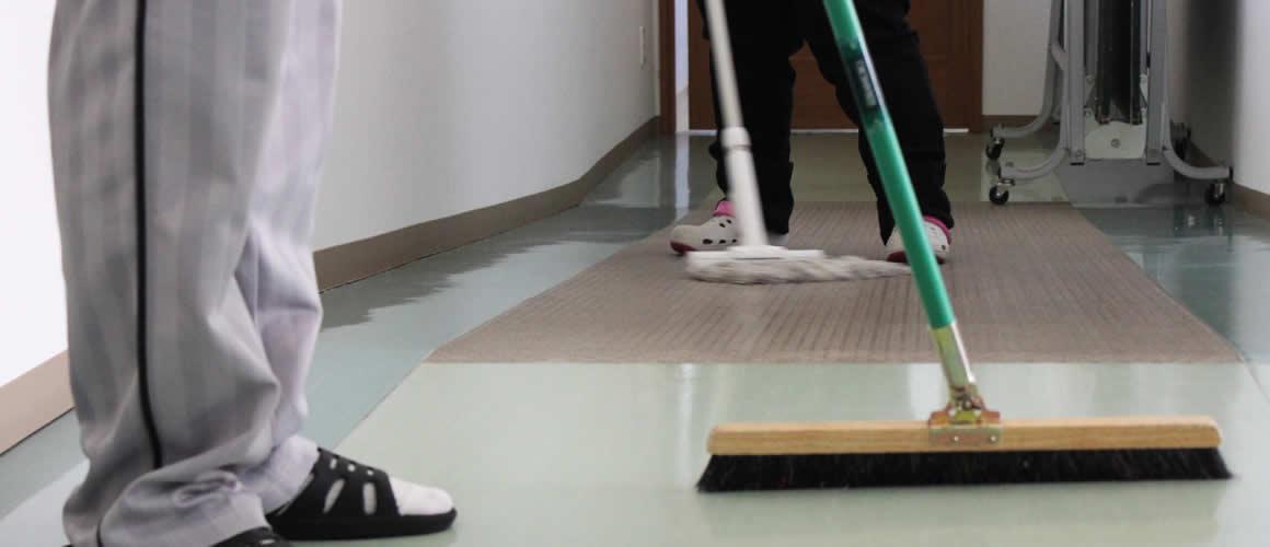 事務所内の掃除は「業者さんが入ってるんですか?」と外部の方から聞かれるほどにピカピカ。